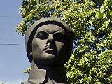 Памятник Е. М. Мамонтову